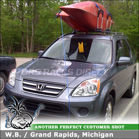 2005 Honda CR-V Kayak Roof Rack using Thule 830 Kayak Stacker on Factory Rack