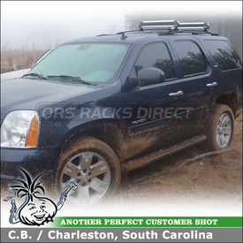2007 GMC Yukon SLT Factory Roof Rack Mounted Ski Rack using Thule 91725 Universal Flat Top Ski Carrier-Snowboard Carrier