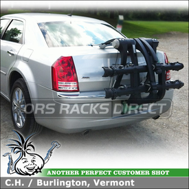 2008 Chrysler 300 Thule Platform Trunk Rack for Two Bikes