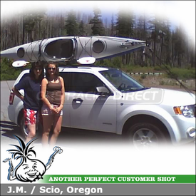 2008 Ford Escape Kayak Roof Rack with Inno IN-FR Car Rack System, INA450 Kayak Carrier & SteelCore Locking Straps