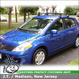 2009 Nissan Versa Roof Rack using Thule 400XT Aero Car Rack & Thule 2183 Fit Kit