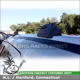 2011 Jeep Compass Roof Rack System using Thule 460R Rapid Podium Foot Pack, 3097 Fit Kit and ARB47 Thule AeroBlade Load Bars
