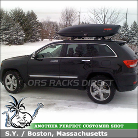 2011 Jeep Grand Cherokee Factory Rack Mount Cargo Box using Yakima SkyBox 16 Roof Box