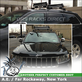 2013 Jeep Grand Cherokee Snowboard-Ski Rack for Mopar Roof Rack Cross Bars using Thule 92726 Universal Pull Top
