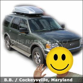 Ford Expedition with Thule 687XT Atlantis 1800 Gear Box