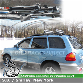 Locking Thule 91725U Snowboard-Ski Rack On 2004 Hyundai Santa Fe Factory Rack Cross Bars