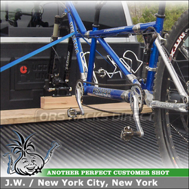 Rental Pickup Truck Bike Rack for Ventana Tandem Mountain Bike Using RockyMounts Clutch and DriveShaft