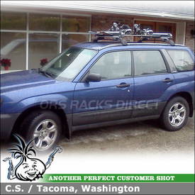 Ski-Snowboard Rack On 2003 Subaru Forester Factory Crossbars using Thule 92725 Flat Top