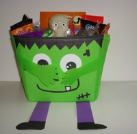 Deluxe Halloween Candy Gift Basket