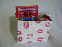 Valentine Candy  Gift Box - Luscious Lips