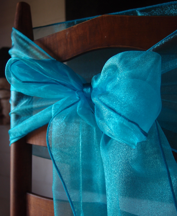 Organza Table Runner Turquoise