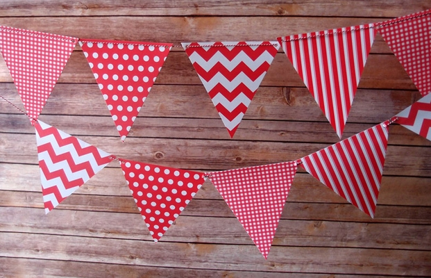 Red Mix Pattern Triangle Flag Pennant Banner 11ft From