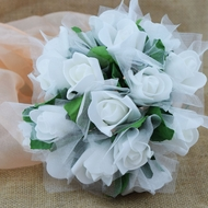White 8-Rose Realistic Bridal Floral Wedding Bouquet w/ Tulle