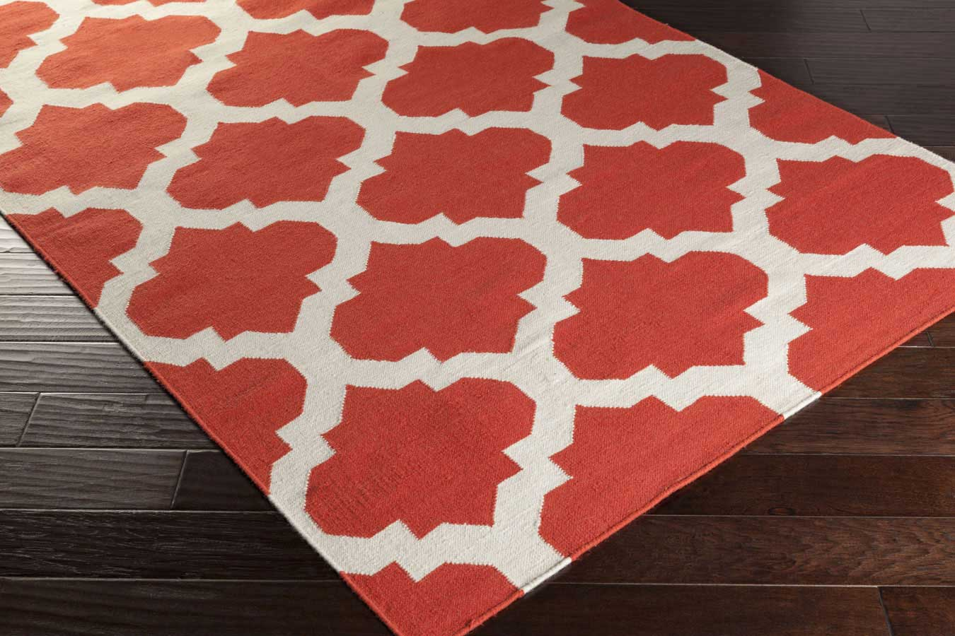 Lovely Weavers York Harlow AWHD1030 Coral/White Area Rug Payless Rugs