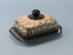 "BUTTER DISH  <br>	~ Blue Spring Daisy <BR>	<small> 5' x 6 3/4"""" x 3 1/2""""high </small>"