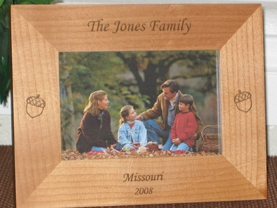 Acorn Picture Frame - Personalized Frame - Laser Engraved Acorns