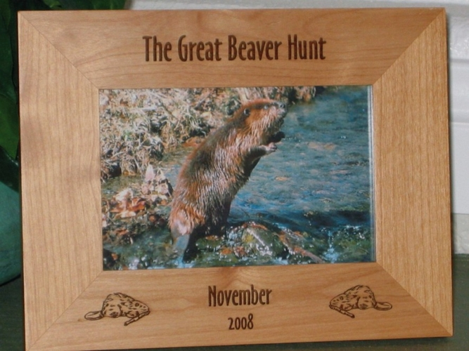 Beaver Picture Frame - Personalized Hunting Frame - Laser Engraved Beavers