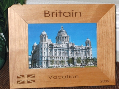 Britain UK Picture Frame - Personalized UK Britain Souvenir - Engraved London Gift