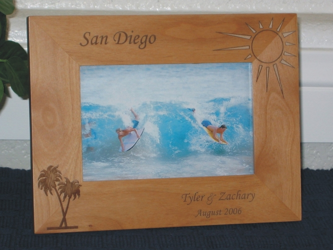 California Picture Frames & Souvenirs