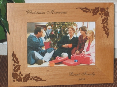 Christmas Holly Picture Frame - Personlaized Frame - Laser Engraved Holly