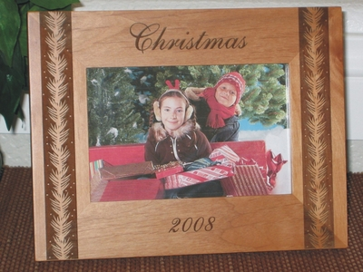 Christmas Wreath Picture Frame - Personalized Frame - Laser Engraved Christmas Wreath