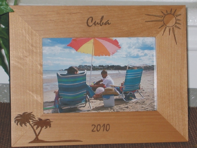 Cuba Picture Frame - Personalized Frame - Laser Engraved Palms & Sun