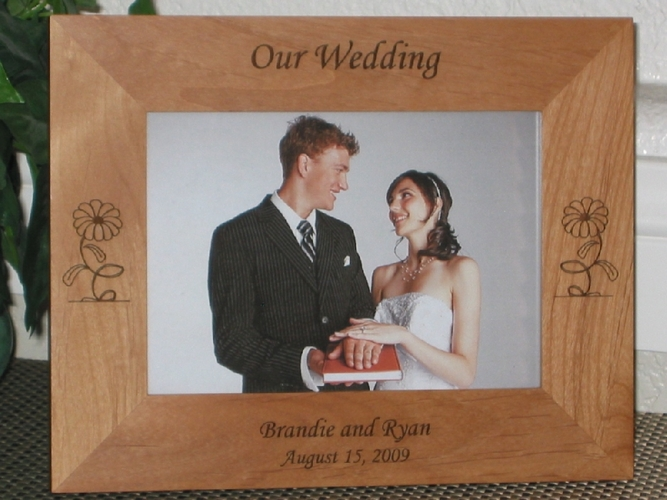 Daisy Picture Frame - Personalized Frame - Laser Engraved Daisies
