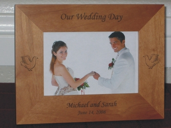 Dove Theme Wedding Picture Frame - Personalized Frame - Laser Engraved Doves