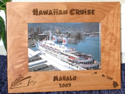 Hawaii Cruise Picture Frame - Personalized Frame - Laser Engraved Cruise Ship & Hawaii Islands