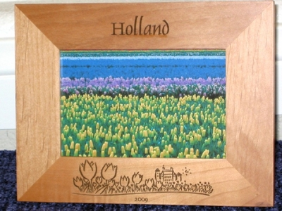 Holland Picture Frame - Personalized Souvenir Frame - Laser Engraved Tulips