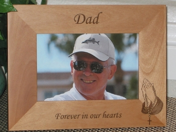 Loving Memory Picture Frame - Personalized Frame - Laser Engraved Praying Hands Rosary