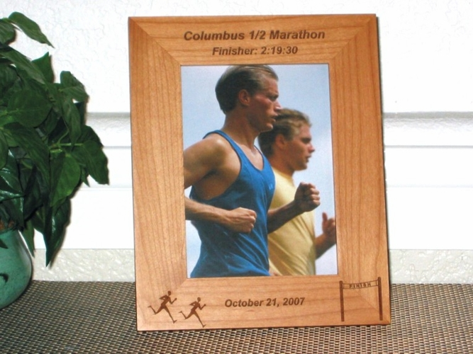 Marathon Picture Frame - Personalized Gift Frame - Laser Engraved Marathon Runners & Finish Line