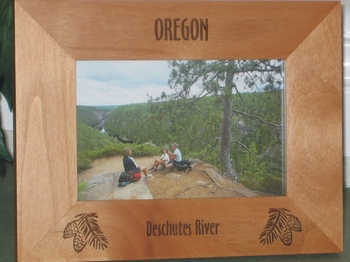 Oregon Picture Frame - Personalized Frame - Laser Engraved Pine Cones