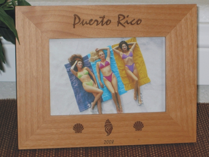 Puerto Rico Picture Frame - Personalized Frame - Laser Engraved Beach Shells