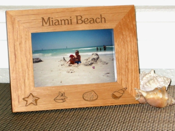 Sea Shells Picture Frame - Personalized Beach Frame - Laser Engraved Sea Shells