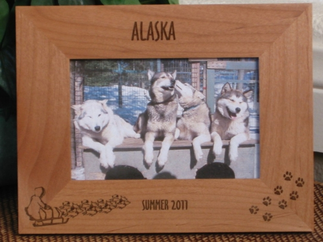 Sled Dog Picture Frame - Personalized Frame - Laser Engraved Alaska Sled Dogs & Tracks