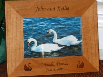 Swan Picture Frame - Personalized Frame - Laser Engraved Swans