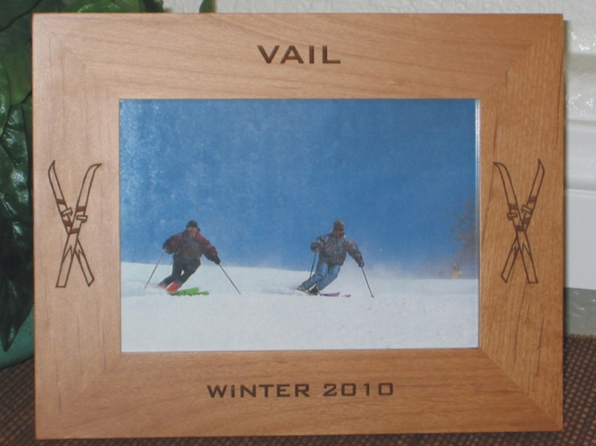 Vail Picture Frame - Personalized Frame - Laser Engraved Skiis