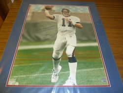 NY Giants Phil Simms <br> Signed 16x20 Color Photo