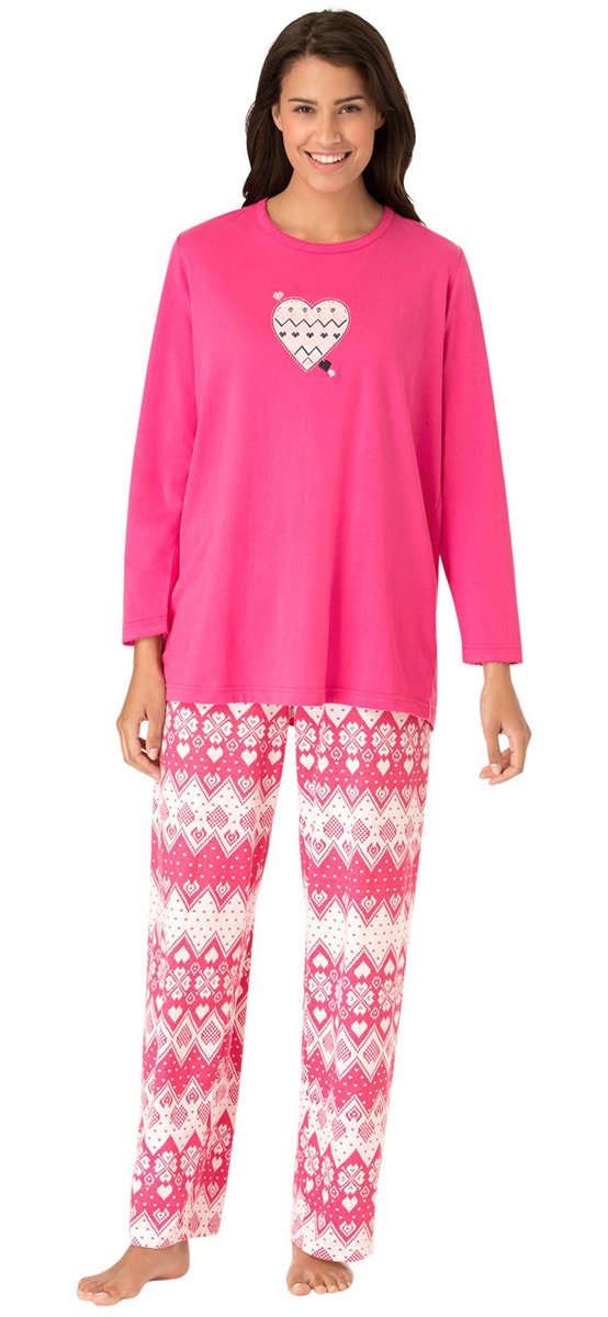 Today, loose and baggy plus-size women's sleepwear is out, and sexy and form-fitting plus-size sleepwear is in. Full-figure women are buying more corsets, babydolls and chemises than the dowdy, matronly, plus-size gowns of yesteryear. Today's plus-size sleepwear features fun colors and prints, and a curve-loving fit.