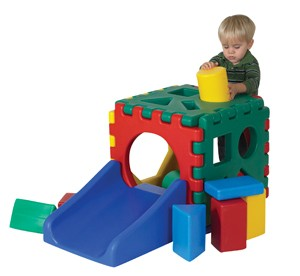 Jr. Snap Cube with Ramp Set & 16 Blocks