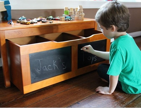 KidKraft Low Honey Table and Chalkboard Trundle