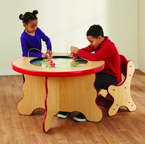Safari Magnetic Play Table