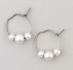 pierced earrings Silver Hoop continuous large 4 & 6 millimeter pearl