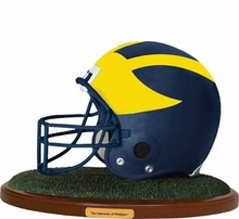 College Replica Football Helmet Figures