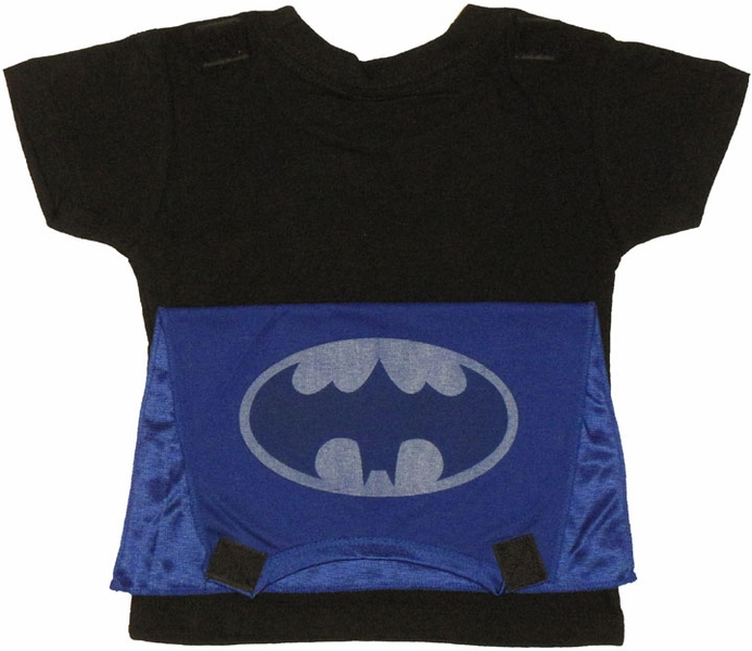 Gotham needs your child's watchful eye. Gray Batman muscle shirt with attached cape and mask Size: child's small By DC Comics Imported.