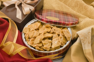 12oz Peanut Brittle Gift Tin