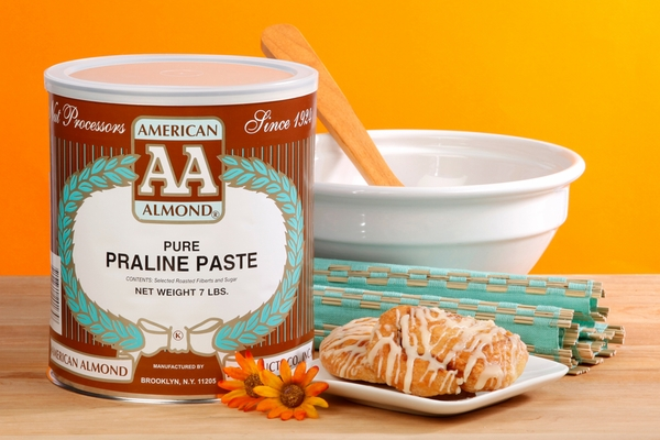 American Almond Hazelnut Praline Paste (7 lb. Can)