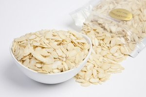 Blanched Sliced Almonds (1 pound Bag)