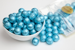 Caribbean Blue Foiled Milk Chocolate Balls (1 Pound Bag)